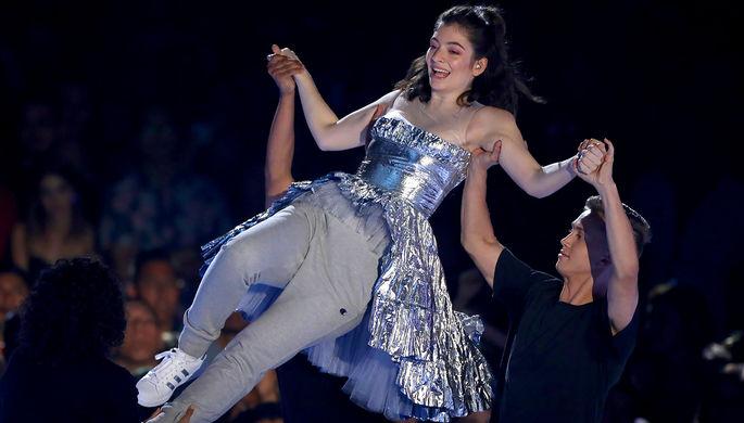 СМИ проинформировали оботмене концерта эстрадной певицы Lorde вИзраиле