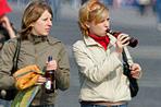 Россияне пьют не пиво, а пивной напиток.  Фото ИТАР-ТАСС.