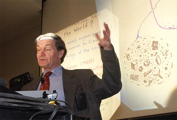 О прошлых вселенных, искусственном интеллекте и феномене сознания в интервью «Газете.Ru» рассказал Роджер Пенроуз, активно работающий в различных областях математики, общей теории относительности и квантовой теории учёный, который накануне при полном аншлаге прочитал лекцию в московском Политехническом музее.
