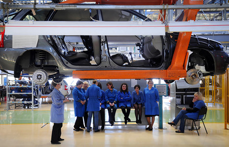 Президент «АвтоВАЗа» пообещал не сокращать рабочих в 2015 году