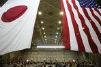 Японские истребители вылетали в субботу на перехват двух российских патрульных самолетов, которые в...