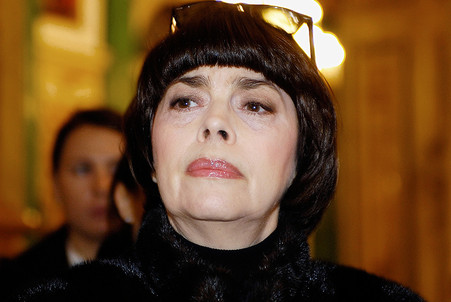 Mireille Mathieu complains of TV Center censoring  — Gazeta.Ru