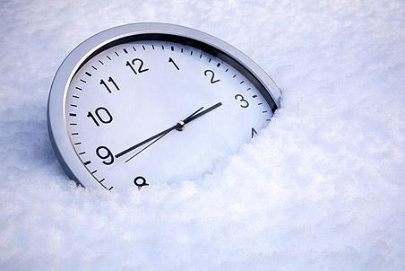 Правительство РФ решило вернуть зимнее время