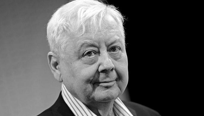 Как скорбят ивспоминают артиста  звезды— скончался  Олег Табаков