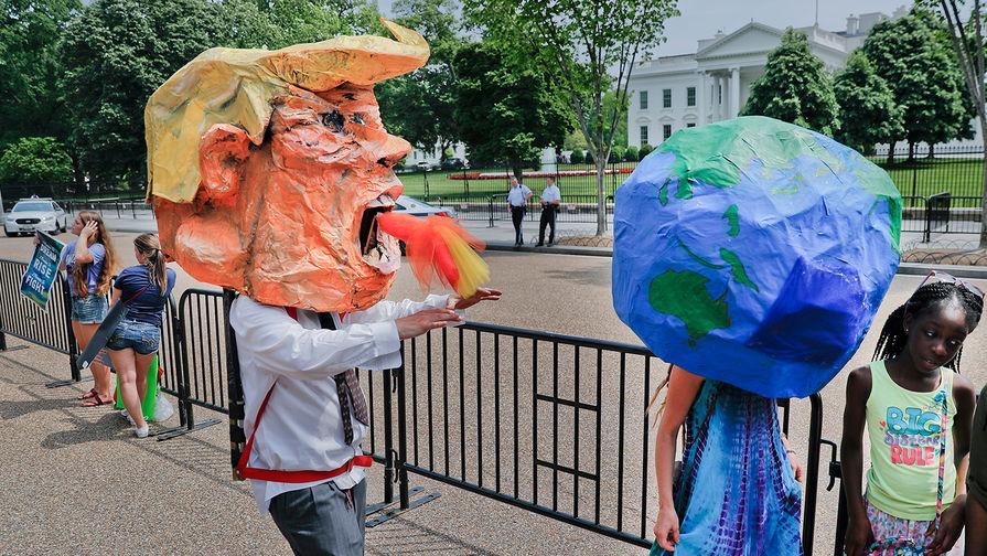США выходит изПарижского соглашения поклимату: мировые лидеры разочарованы решением Трампа