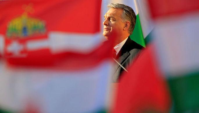 ВВенгрии парламент в 4-й раз выбрал Орбана премьером