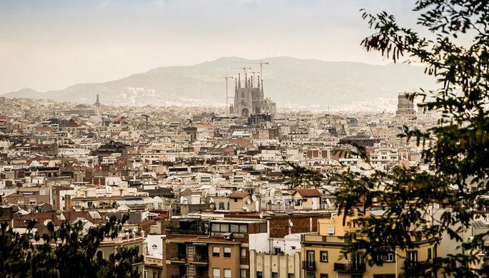 ВБарселоне встретили протестами первый после референдума визит короля Испании