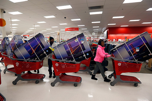 «Черная пятница» в США: первые итоги рождественских распродаж