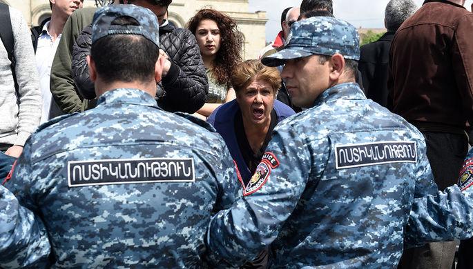 Песков прокомментировал возможность оказания помощи Армении вразрешении внутреннего конфликта
