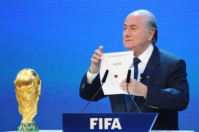 ФИФА обвинили вполучении крупной взятки отКатара