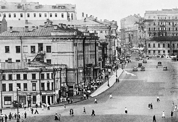 Тверская улица, 1930 год. Фото Наума Грановского /Фотохроника ТАСС