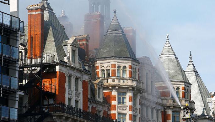 Вгостинице вцентре Лондона вспыхнул пожар