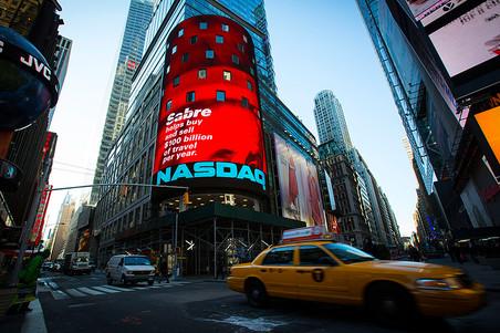 NASDAQ ������� �� 15 ��� �������� ������� 5000 �������