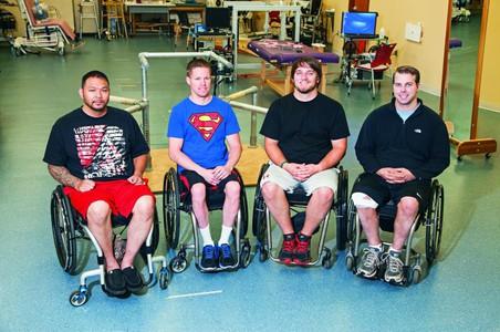 Медики научились поднимать паралитиков на ноги при помощи тока
