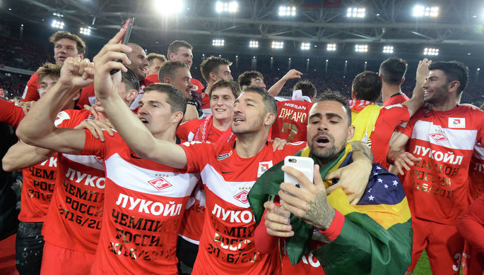 «Спартак»— команда года поверсии спортивных корреспондентов