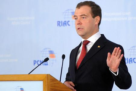 Медведев снова критикует США по проблеме ПРО