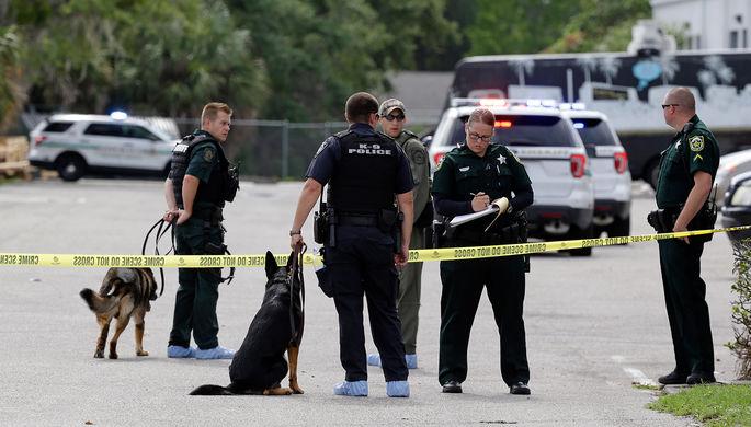 ВОрландо неизвестные открыли стрельбу полюдям, пострадали три человека