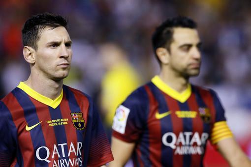 Станет ли уход Хави (справа) глотком свежего воздуха для «Барселоны» и несколько сдавшего Лионеля Месси?