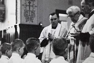 Ватикан пригрел педофила