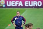 Большинство россиян винят в провале сборной России на Евро-2012 Адвоката