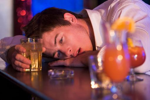 Американские ученые узнали, как искоренить алкоголизм среди студентов