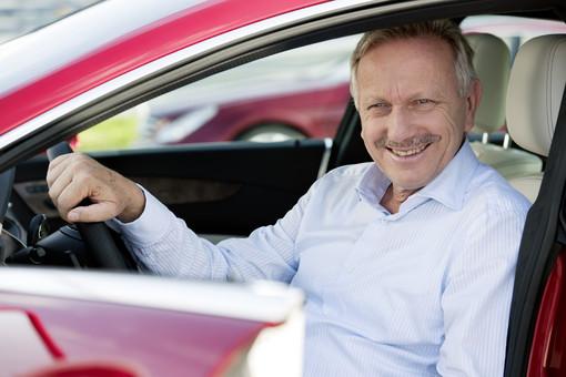 Глава продаж и маркетинга Mercedes-Benz Йоахим Шмидт