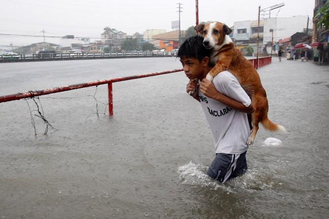 Тропический шторм вызвал оползни наФилиппинах