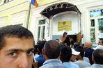 «Газета.Ru» провела день в очереди в ФМС вместе с украинцами, которые пытаются получить вид на жительство и гражданство России