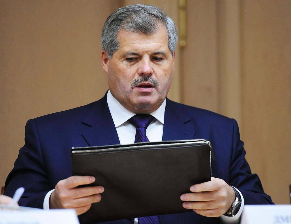 Поздравить родной край с юбилеем пришёл и бывший губернатор мурманской области