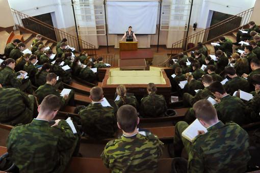 Минобороны определилось с системой подготовки резервистов на базе гражданских вузов