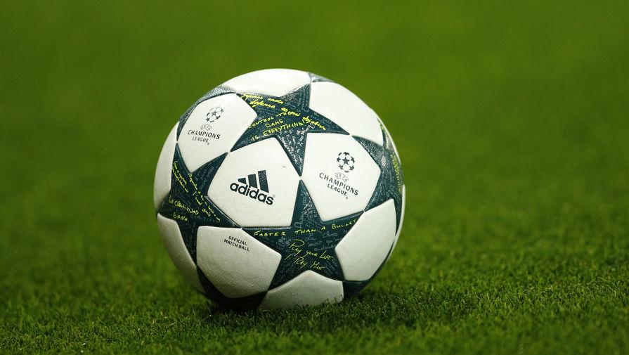 Грузинские футболисты вышли наполе вфутболках сантироссийскими призывами