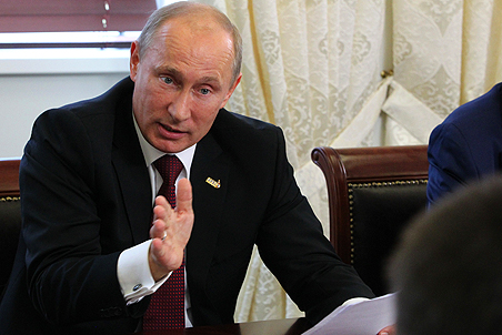 Putin requires companies to report on any foreign demands