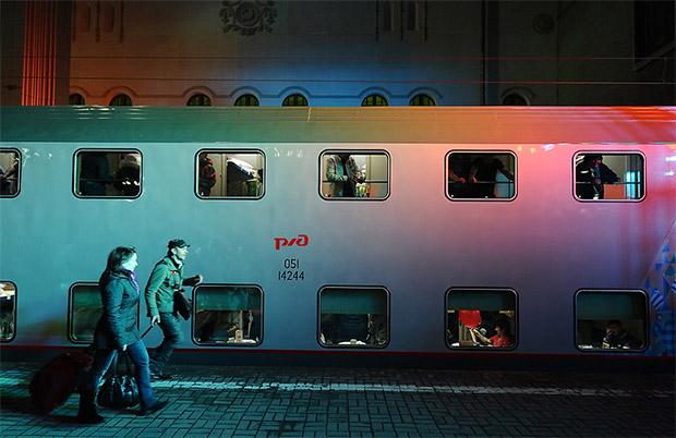 первый двухэтажный поезд
