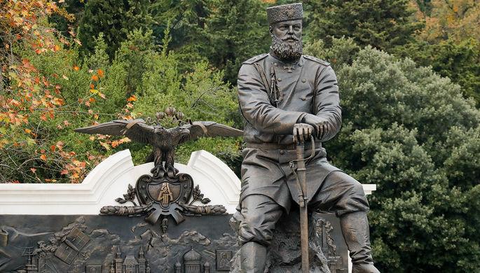 Автор монумента Александру III отверг обвинения вфактологических ошибках