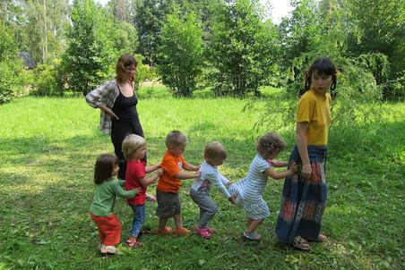 в какие игры на знакомство можно играть лагере