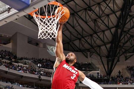 Баскетбольный тач-даун от Дуэйна Уэйда