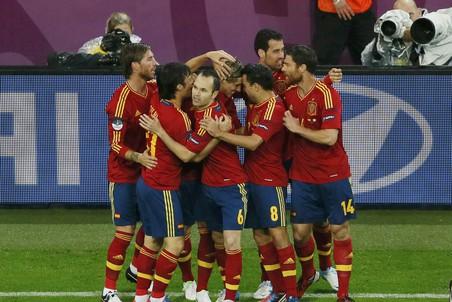 Италия вновь не выиграла, Испания оставила ирландцев за бортом Евро-2012