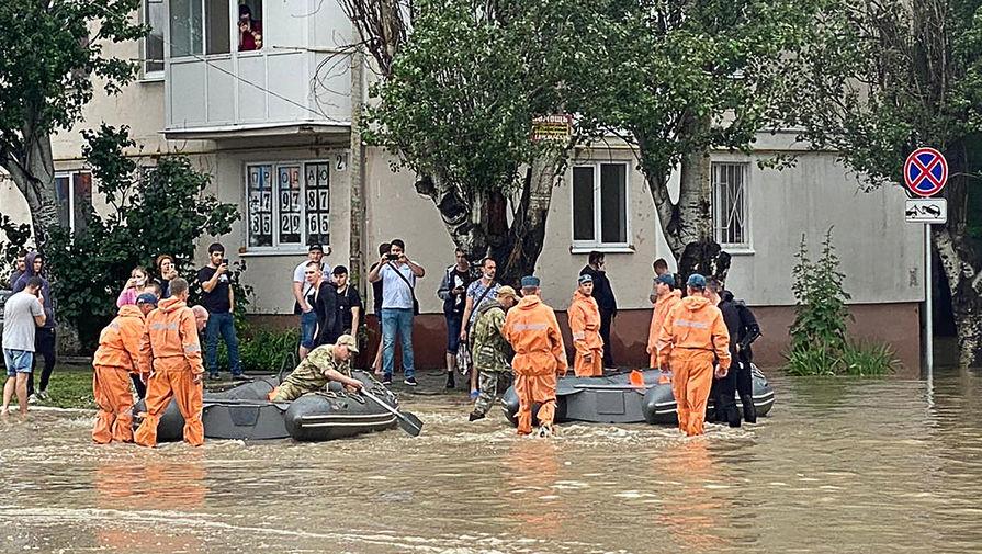 Навостоке Крыма введен режимЧС из-за ливней