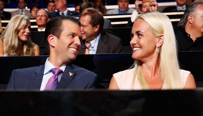 СМИ поведали олюбовной связи Дональда Трампа— меньшего и эстрадной певицы Обри О'Дэй