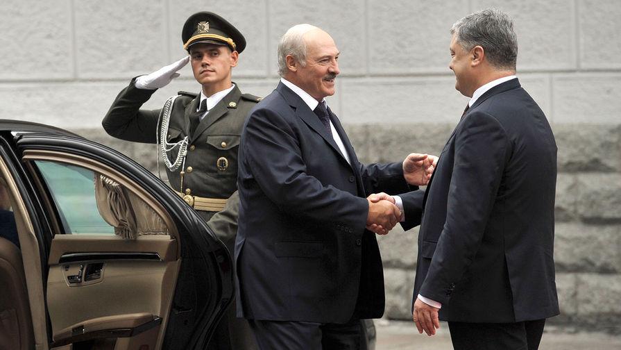«Гвалт устроили»: Лукашенко опроверг дружбу с Порошенко