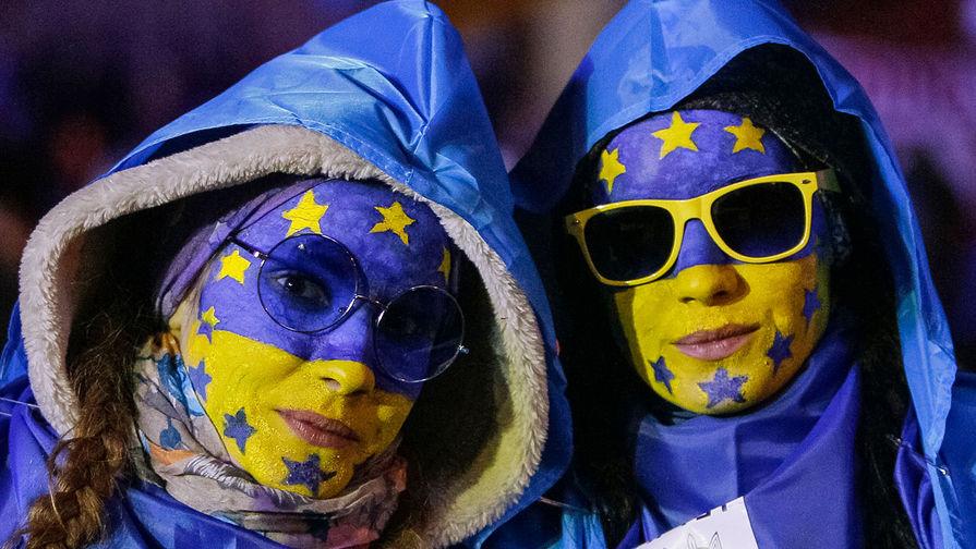 Кто следующий? ЕС отменил санкции для соратников Януковича