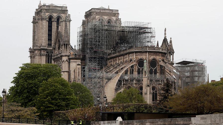 Деньги на пепел: как Франция нажилась на Нотр-Даме