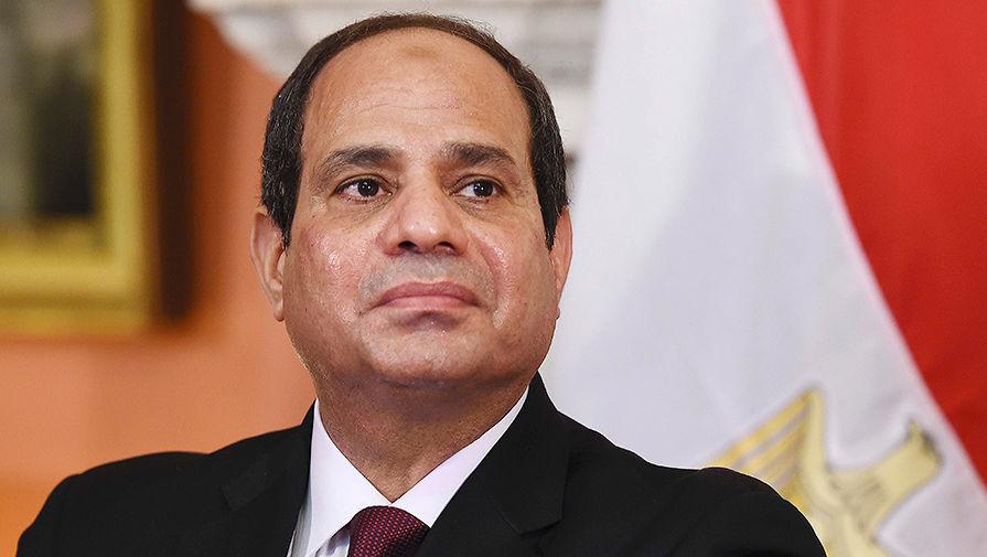 По стопам Мубарака: египтяне добавили ас-Сиси власти