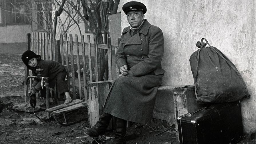 """""""Какое пиво? Война началась!"""" Как служил Юрий Никулин"""