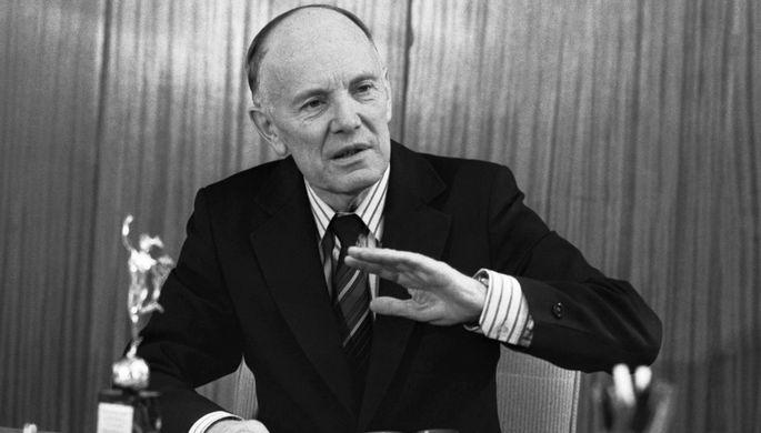 Борис Патон, 1989 год