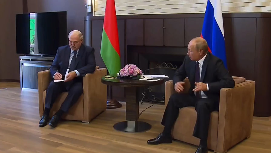 Оружие для Минска: Кремль опроверг просьбу Лукашенко к Путину