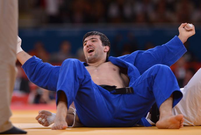 Хайбулаев стал третьим российским дзюдоистом, выигравшим золото