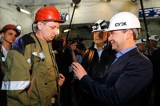 Дмитрий Медведев во время встречи с шахтерами в угольной шахте «Комсомолец»