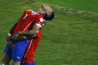 Победу сборной Чили в матче с Перу принес дубль Эдуардо Варгаса