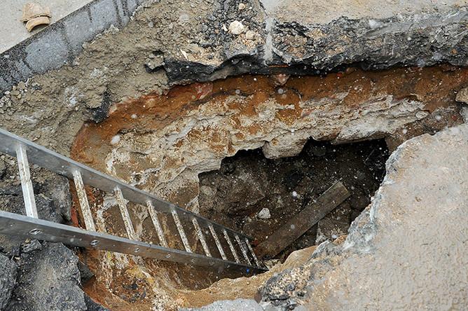 Обнаруженная тайная комната в фундаменте Китайгородской стены в ходе работ по программе «Моя улица»
